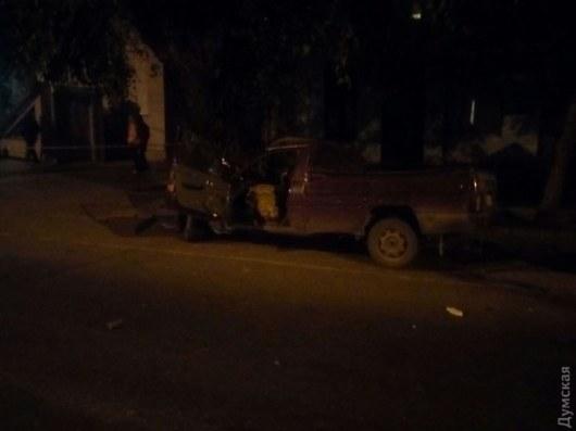 ВОдессе «БМВ» протаранил другую машину иснес людей наостановке